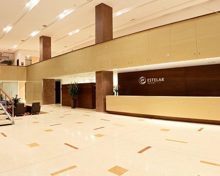 RECEPCIÓN Hotel ESTELAR Milla de Oro Medellín
